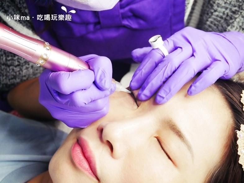 韓式3D美瞳線/隱形眼線機器上色過程-幻羽毛時尚美學中和紋繡