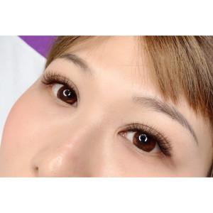 美睫經典可可色 亮眼的眼睛 卻不知道哪裡有了變化  噓!!這可是秘密呢!